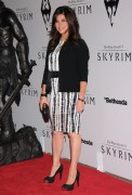 Тиффани Тиссен, фото 613. Tiffani Amber Thiessen The Elder Scrolls V: Skyrim video game launch event at Belasco Theatre on November 8, 2011 in Los Angeles, California, foto 613