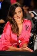 Miranda Kerr at Victoria's Secret 2011 Fashion Show, 9 November