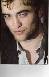 11 Noviembre- Entrevista a Robert Pattinson en la revista Pantalla (España)   957c7c158686890