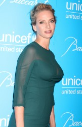 Ума Турман, фото 1099. Uma Thurman - 2011 UNICEF Snowflake ball in NYC, november 29, foto 1099
