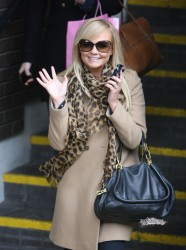 Эмма Бантон, фото 2262. Jan. 23th - London - Emma Bunton Leaving ITV Studios, foto 2262
