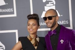 Алиша Киз (Алисия Кис), фото 3041. Alicia Keys 54th annual Grammy Awards - 12/02/2012 - Red Carpet, foto 3041