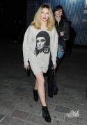 Nicola Roberts at London Fashion Week 21st February x13