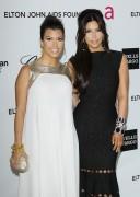Ким Кардашиан, фото 7963. Kim Kardashian Elton John AIDS Foundation Academy Awards Party - 02/26/12*with sister Kourtney, foto 7963,