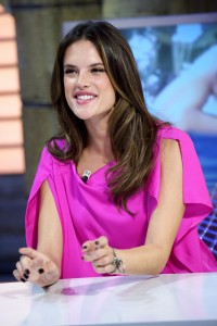 Алессандра Амброзио, фото 8191. Alessandra Ambrosio On 'El Hormiguero' TV Show in Madrid, 05.03.2012, foto 8191