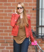 Линдси Лохан, фото 23078. Lindsay Lohan - out and about in Beverly Hills 03/08/12, foto 23078