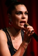 Джесси Джи (Джессика Эллен Корниш), фото 208. Jessie J (Jessica Ellen Cornish) Performs at the launch of Nova's Red Room in Sydney - March 9, 2012, foto 208