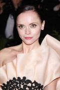 Christina Ricci at the Metropolitan Museum of Art Costume Institute Gala In NYC 7th May x16