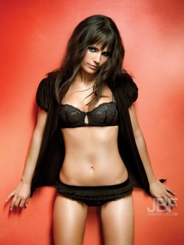 Jordana Brewster Belly Post *Nina Dobrev wins Poll*